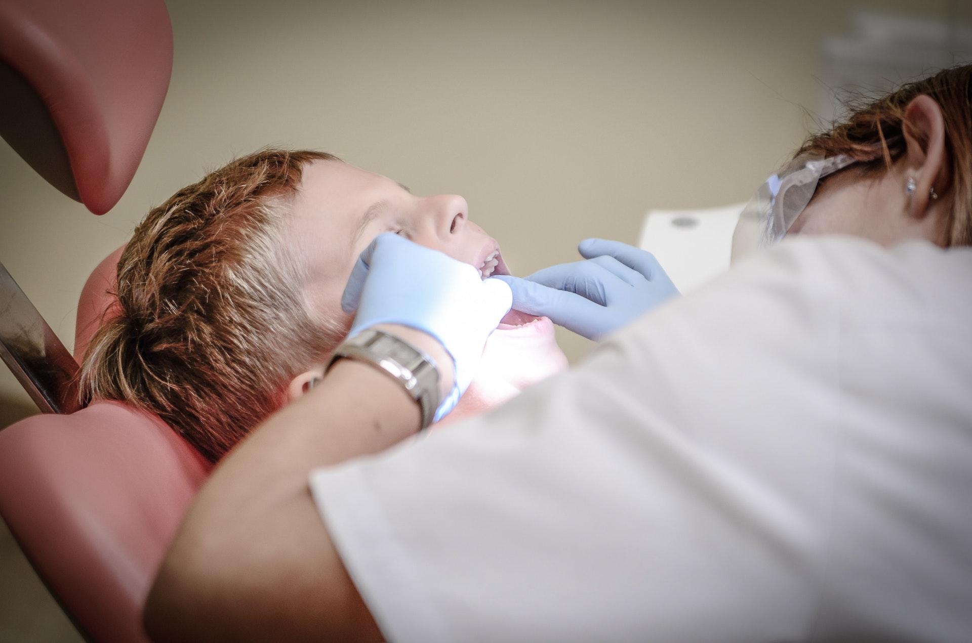 elite dental care tracy